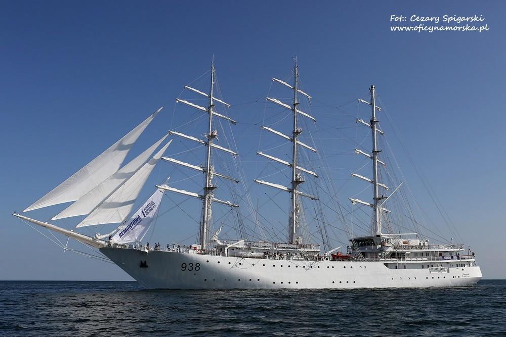 صور السفينة الشراعية الجزائرية  [ الملاح 938 ] - صفحة 8 52_El_Mellah_2017-07-19-Spigarski